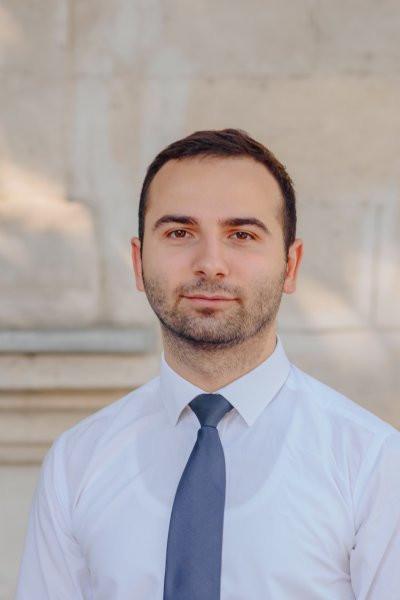 Roman Ereșcov