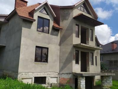Casa 300 M2 - Colonita, str. Tineretului