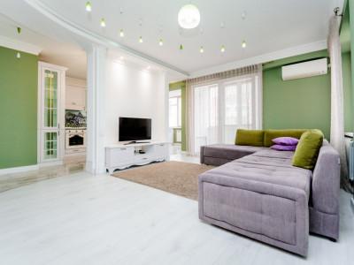 Apartament spațios în casa noua!