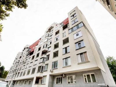 Apartament cu 3 camere varianta albă, CENTRU